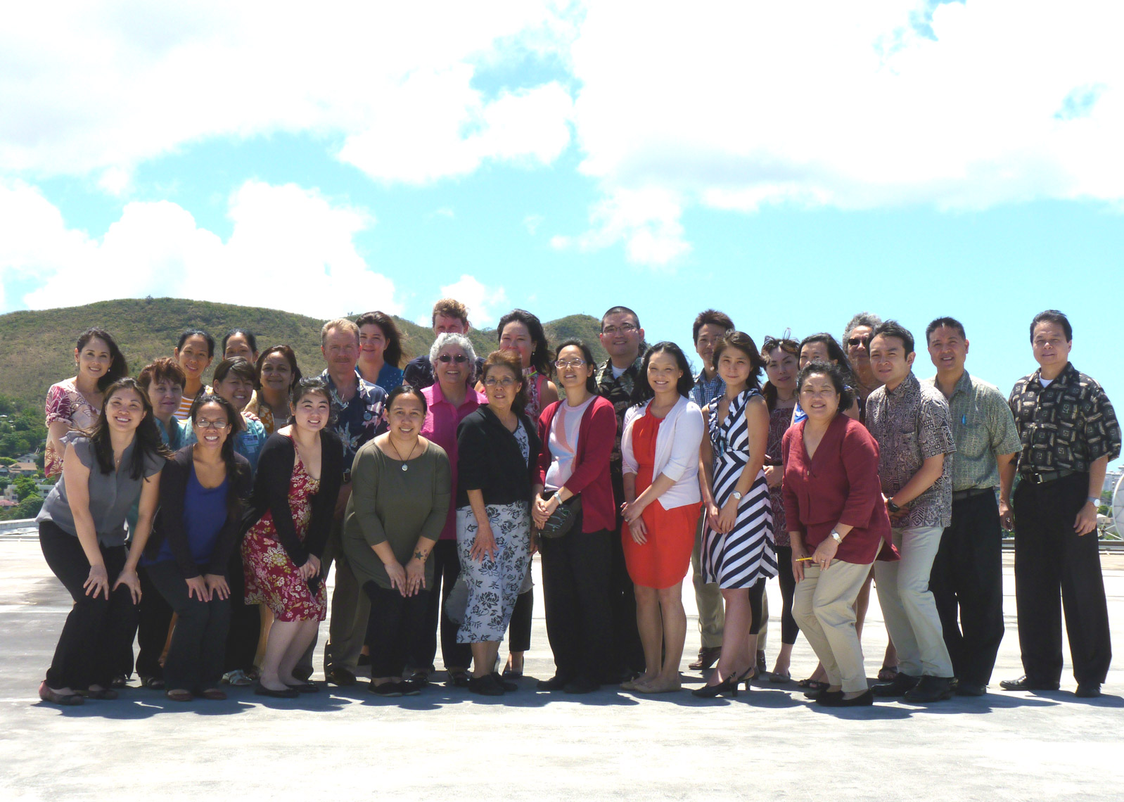 Photo of University of Hawaii fellows, faculty and staff
